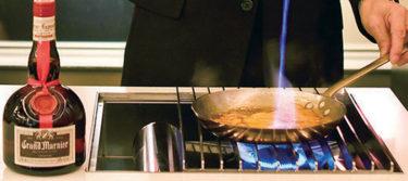 【大人スイーツ】東京でクレープ・シュゼットをフランベ サービスで楽しめる店 3選